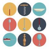 Fond blanc avec la couleur de collection d'ensemble de la cuisine différente d'ustensiles d'icônes Photographie stock libre de droits