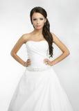 Fond blanc de belle mariée heureuse vers le haut de tissu Photos stock