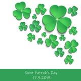 Fond blanc de carte de voeux d'icônes d'oxalide petite oseille du jour de St Patrick image stock