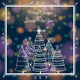 Fond bleu avec la forêt d'arbres de Noël, v Photo stock
