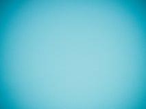 Fond bleu d'abrégé sur gradient avec la texture du papier d'éponge de mousse pour le web design ou le contexte de l'espace de cop Photographie stock libre de droits
