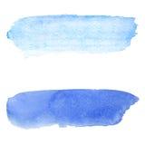 Fond bleu d'aquarelle Course de brosse sur la texture de papier Photographie stock libre de droits