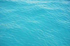 Fond bleu de couleur d'eau de mer Photographie stock