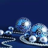 Fond bleu de décoration de Noël Image libre de droits