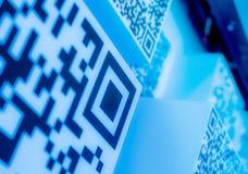 fond bleu de papier peint de la science et technologie de code de Deux-dimension photos stock