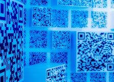 fond bleu de papier peint de la science et technologie de code de Deux-dimension images stock