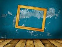 Fond bleu effrayant de cru Photo stock