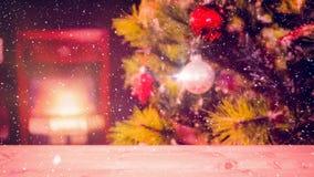 Fond brouillé d'un salon décoré pour Noël combiné avec la neige en baisse illustration stock