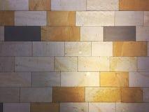 Fond carrelé coloré multi lumineux de mur images libres de droits
