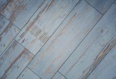 Fond carrelé de conseil en bois - plancher en bois de cru images stock