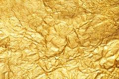 Fond chiffonné de clinquant d'or Photo libre de droits