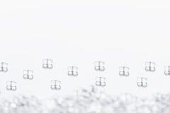 Fond clair abstrait minimaliste avec les particules en verre transparentes Images libres de droits