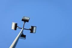 Fond clair de ciel de quatre projecteurs photos libres de droits