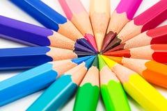 Fond coloré avec des crayons Images stock