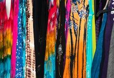 Fond coloré de robe photographie stock libre de droits