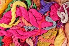 Fond coloré de soie de broderie Images libres de droits