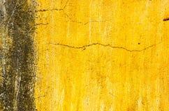 Fond concret criqué de mur de cru, vieux mur Photographie stock