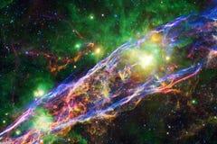 Fond cosmique de galaxie avec des n?buleuses, des chim?res et des ?toiles lumineuses image libre de droits