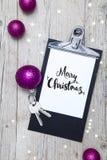 Fond créatif de Noël avec une clé Images stock