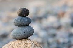 Fond d'équilibre de pierres Photos libres de droits