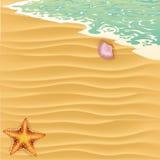 Fond d'été avec la plage tropicale Image libre de droits