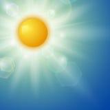 Fond d'été avec un soleil Photographie stock libre de droits