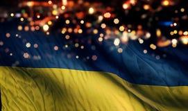 Fond d'abrégé sur Bokeh de nuit de lumière de drapeau national de l'Ukraine photographie stock
