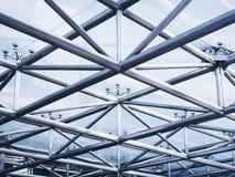Fond d'abrégé sur détail d'architecture de structure métallique images libres de droits