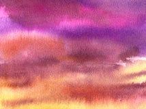 Fond d'aquarelle : Ciel pourpre avec des nuages Photographie stock libre de droits