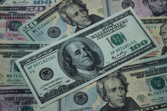 Fond d'argent - billets d'un dollar 100, 50, 20 dollars Image stock