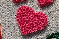 Fond d'en forme de coeur avec le ruban Photos stock