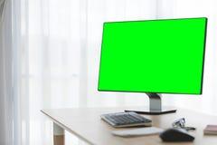 Fond d'espace de travail avec des accessoires de PC de bureau et de bureau Photos libres de droits