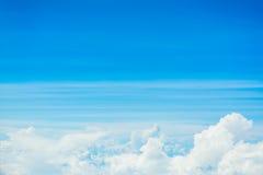 Fond d'image de nuage blanc et de ciel bleu Image stock