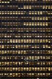 Fond d'immeuble de bureaux Photographie stock libre de droits
