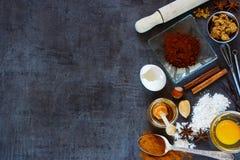 Fond d'ingrédients de cuisson Photographie stock libre de droits