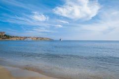 Fond d'?t? Relaxation sur la mer cyprus photographie stock libre de droits