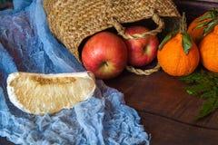 Fond de beaucoup de différents fruits exotiques photographie stock libre de droits