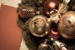 Fond de billes de Noël Photos libres de droits