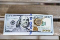 Fond de 100 billets d'un dollar Image libre de droits