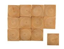 Fond de blocs en bois de noisette Images libres de droits