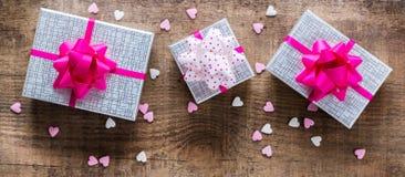 Fond de boîte-cadeau d'amour de vacances de jour de valentines Photo libre de droits