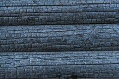 Fond de bois carbonisé d'effets de feu photos libres de droits