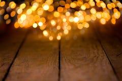Fond de Bokeh avec les conseils en bois vides Image stock