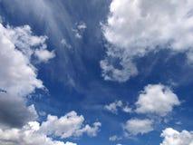 Fond de ciel bleu Photographie stock