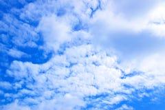Fond 171017 0124 de ciel bleu et de nuages Image libre de droits