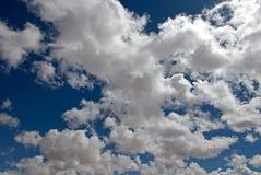 Fond de ciel nuageux Photos libres de droits