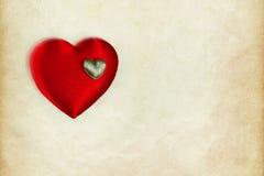 Fond de coeur, brouillé sur le papier de vintage Photos libres de droits