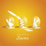Fond de coloration d'orange de trois oeufs de pâques Images libres de droits