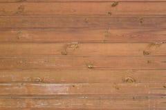 Fond de conseils en bois de brun foncé photos libres de droits