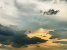 Fond de coucher du soleil et de nuage Photographie stock libre de droits